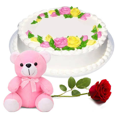Delicious Eggless Vanilla Cake with Teddy N Rose