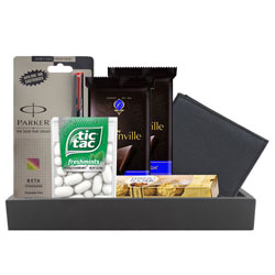 Remarkable Gift Hamper for Men