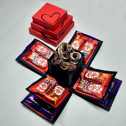 Admirable Valentine Special Explosion Box of Chocolates n Roses