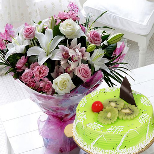 Tasty Kiwi Cake with Mixed Flowers Bouquet