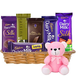 Wonderful Gift Hamper of Chocolates N Teddy