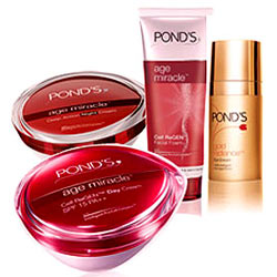 Wonderful Ponds Age Miracle Gift Hamper for Women