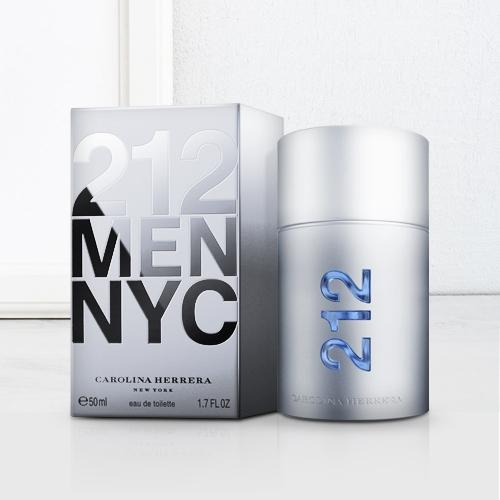 Charismatic Carolina Herrera 212 NYC Men Eau de Toilette for Men
