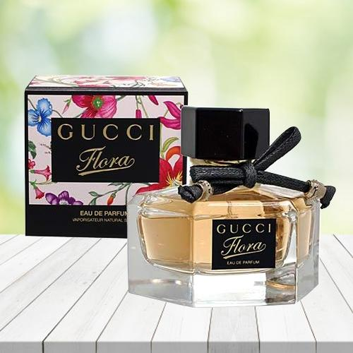 Delightful Gift of Gucci Flora Eau De Perfume for Her