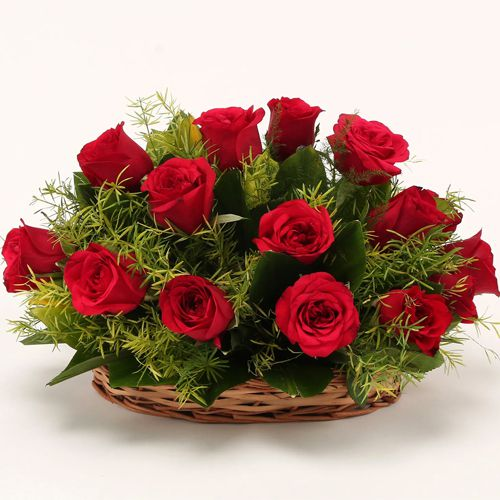 Red Dutch Roses Basket