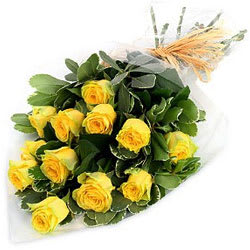 Stunning Yellow Roses Bouquet