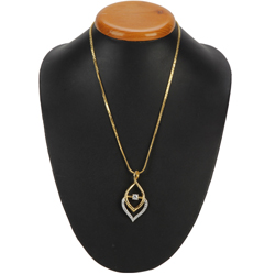 Beguiling Twinkle Gold Plated Necklace with Fernanda Pendant
