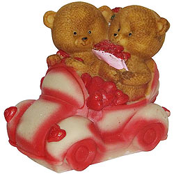 Amazing Couple Teddy with Hearts in a Car