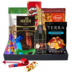 Classic Bday Treat Delicacy Gift Basket<br>