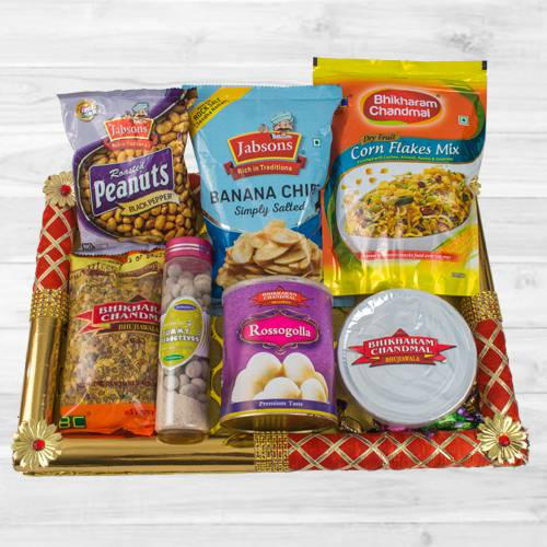 Marvelous Food N Assortments Hamper
