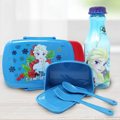 Mesmerizing Disney Frozen Lunch Box n Water Bottle Set