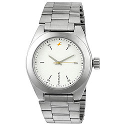 Trendy Gents Metallic Watch from Titan Fastrack