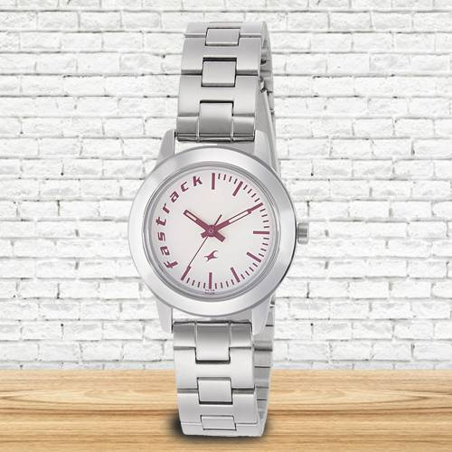 Marvelous Fastrack Fundamentals Analog Womens Watch